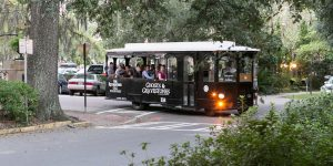 LaunchSAVANNAH Gets Spooked on Historic Haunts Trolley Tour