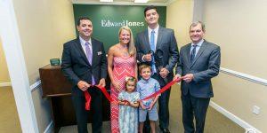 Edward Jones Advisor Chris Hull Celebrates Grand Opening