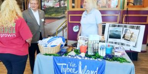Visit Savannah and Visit Tybee Represent at Georgia on My Mind Day