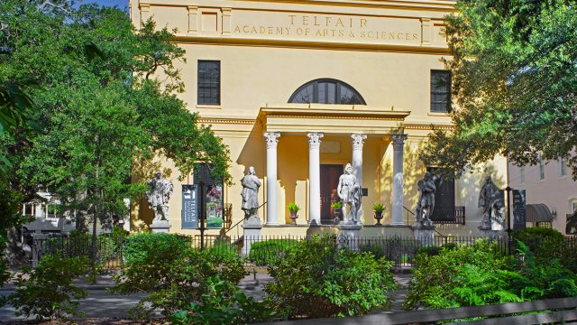 Telfair Academy from Telfair Square