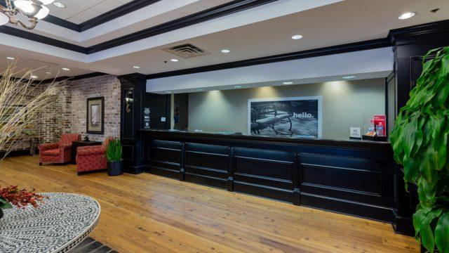 Hampton Inn Front Desk