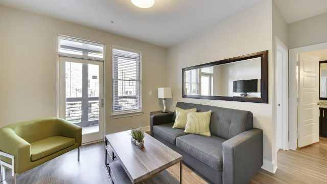 Relax in your living room at Stay Alfred on Montgomery Street