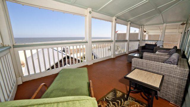 Terrace's 3rd Floor