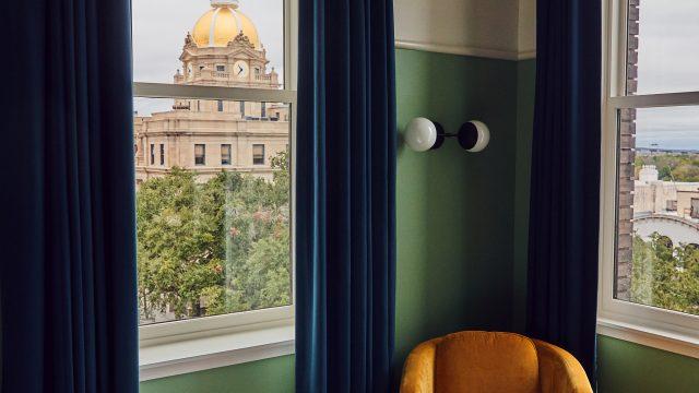 The Drayton Hotel Guestroom