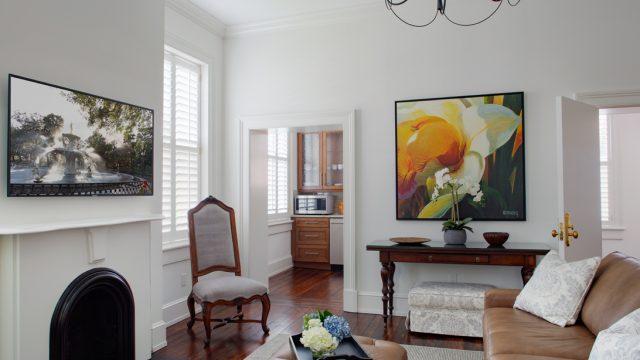 Diamond Suite Living Room