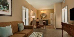 Embassy Suites by Hilton Savannah Historic District